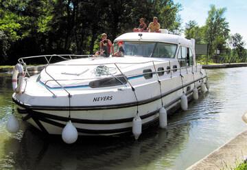 Imagen Barco Nicols Sedan 1310