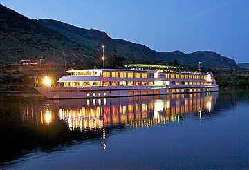 Imagen Barco navegando por el Río Duero