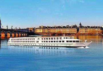 Imagen Barco navegando por el Río Garona