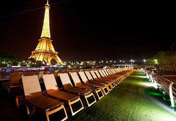 Imagen de un Barco Fluvial en Paris