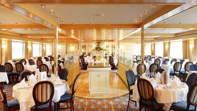 Restaurante Barco Swiss Diamond