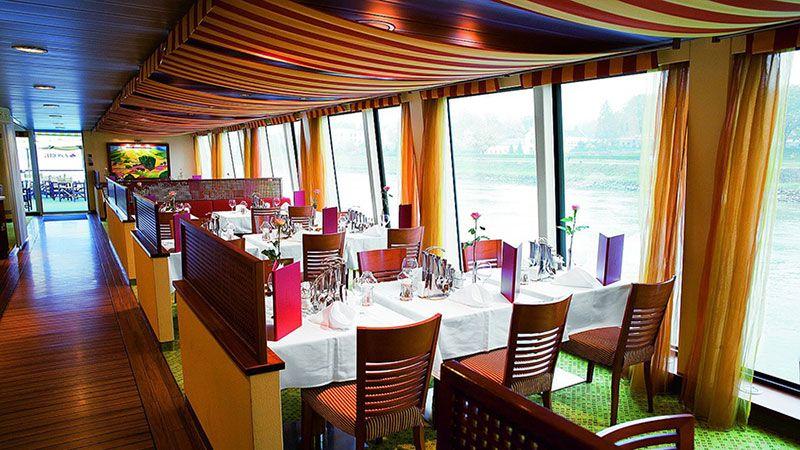 Restaurante Barco A Rosa Donna